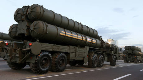 Turning back on S-400 program 'very problematic', Turkish defense minister says, urging US to consider dialogue