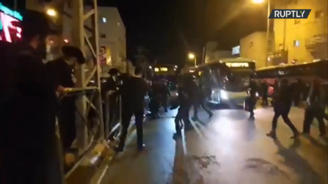 Mayhem in Jerusalem as ultra-Orthodox Jews clash with cops amid ongoing lockdown resistance (VIDEO)