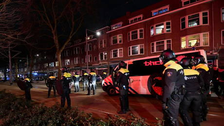 Dutch police record quieter night with only 131 arrests, as anti-lockdown rioting continues into fifth day