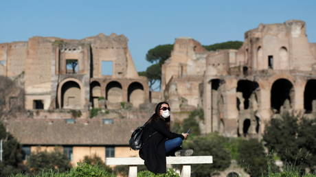 Italy shuts all schools in Covid-19 hotspots, toughens travel rules until after Easter amid spread of variants