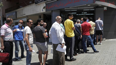 Investigation to be launched into Lebanese currency crash that saw pound dive against US dollar – president