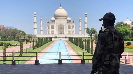 Indian police evacuate iconic Taj Mahal after bomb threat