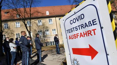 Sputnik V beats AstraZeneca in popularity: People in Austria, Germany & Switzerland view Russia's jab more favorably, study says