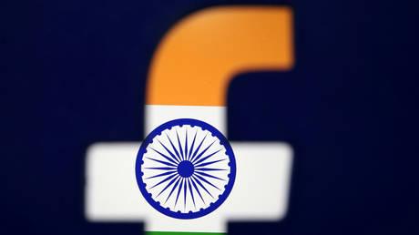 India threatens to jail Facebook, WhatsApp, Twitter staff over refusal to wipe data