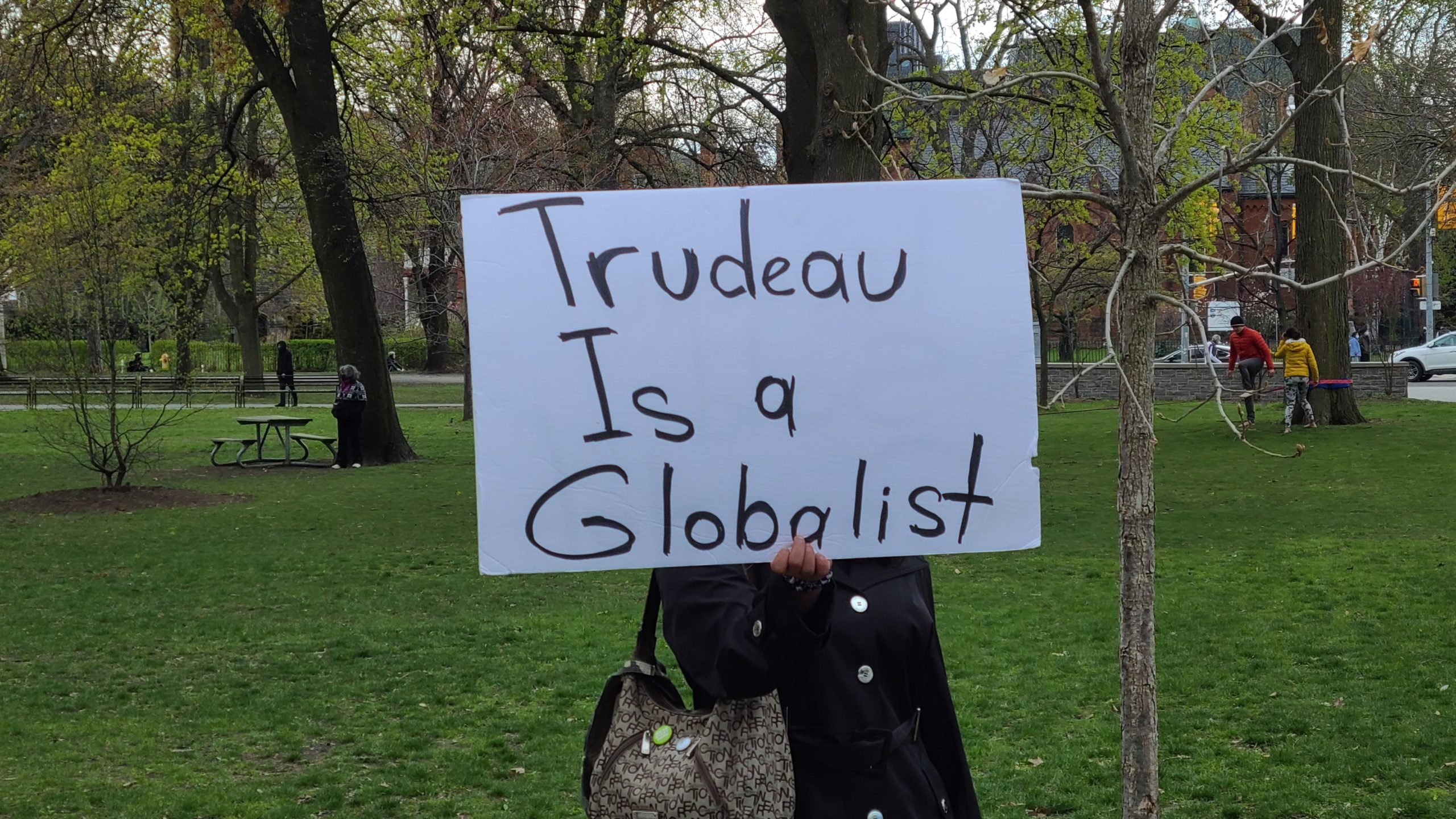 Canadians continue to protest against lockdowns, blame the government and media for 'LYING'