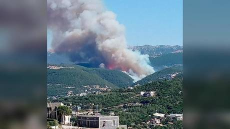 VIDEO: Massive wildfires ravage Lebanon's north with flames approaching towns & forcing residents to flee