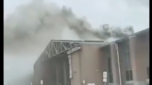 'Really sad': No injuries after fire on Pacific Mall roof