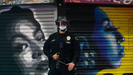 Thousands of LAPD cops & staff to seek 'religious exemptions' from Covid-19 vaccine mandate