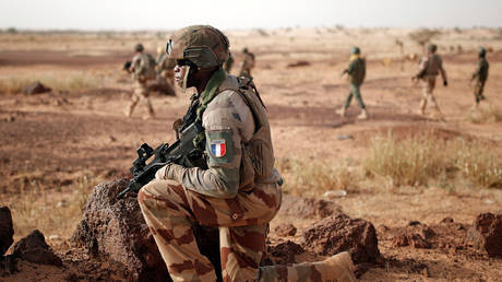 Mali has evidence French forces train militant groups on its territory, country's prime minister says