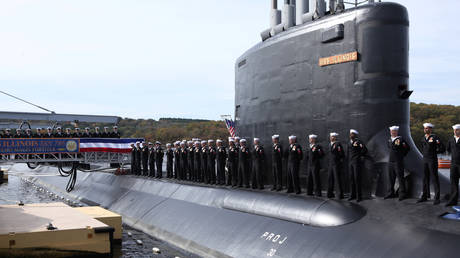US Navy nuclear engineer and wife arrested for trying to sell submarine secrets to 'foreign power'